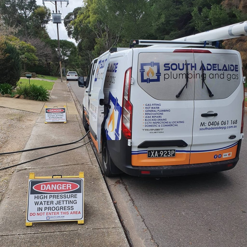 South Adelaide Plumbing and Gas tending to a blocked drain